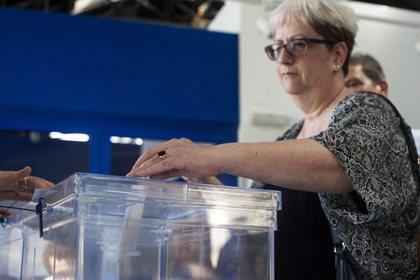 На досрочных выборах в Испании победила правящая партия