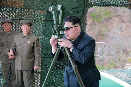 Ким Чен Ын назвал успешными пуски баллистических ракет