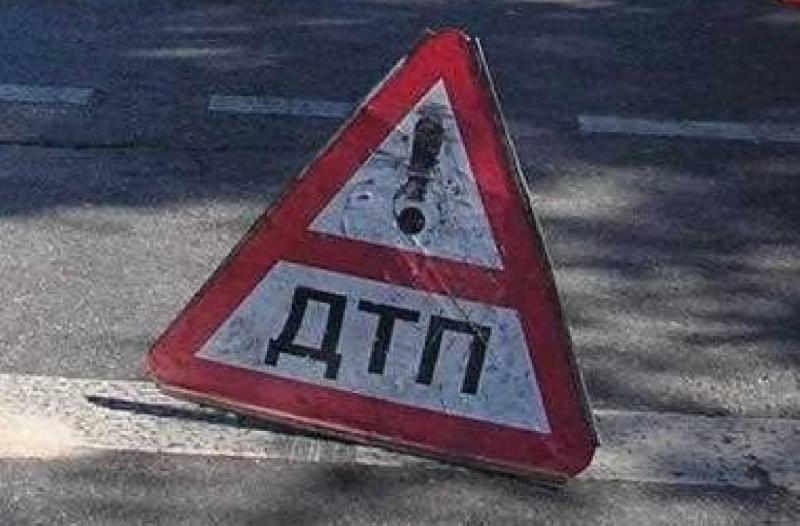 В Рославльском районе в ДТП с грузовым автомобилем пострадала женщина