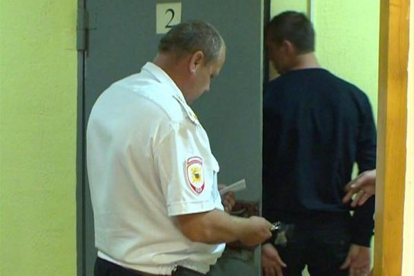 В Смоленской области разбойников, ограбивших пенсионера, поймали при попытке сбежать из страны
