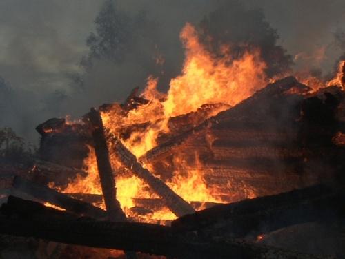 В Гагаринском районе сгорел дом