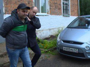 Полицейские задержали смолянина, занимавшегося вымогательством денег у предпринимателей