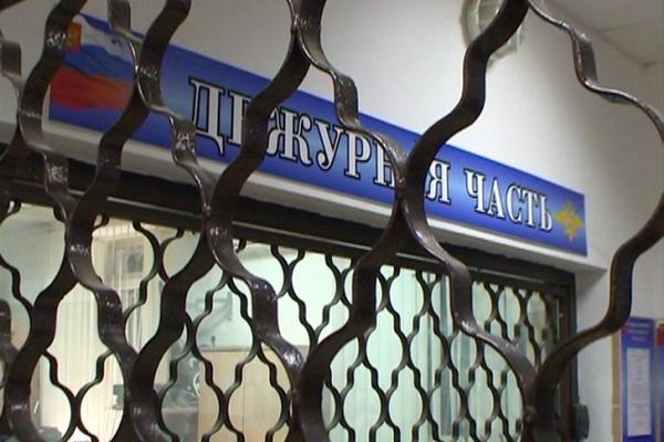 В Смоленске задержали ночного грабителя по отпечаткам пальцев, которые он оставил на месте преступления