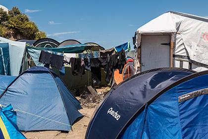 Власти Парижа откроют первый лагерь для беженцев в конце сентября