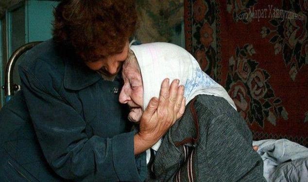 В Смоленской области полицейские задержали мужчину, напавшего на парализованную 90-летнюю старушку