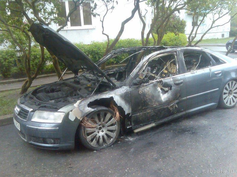 В Демидове сгорел автомобиль