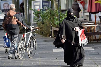 В Германии задумались о частичном запрете ношения паранджи