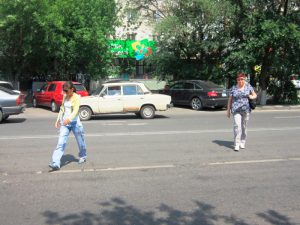 В Смоленской области в ходе операции «Пешеход» инспекторы ГИБДД выявили больше 1000 нарушений
