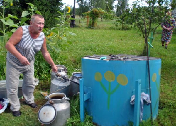 Жители смоленской деревни просят водонапорную башню