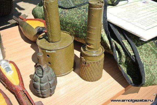 В Смоленской области взорвали артснаряды