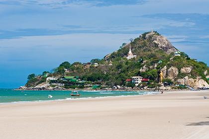 На курорте Хуахин в Таиланде прогремели два взрыва