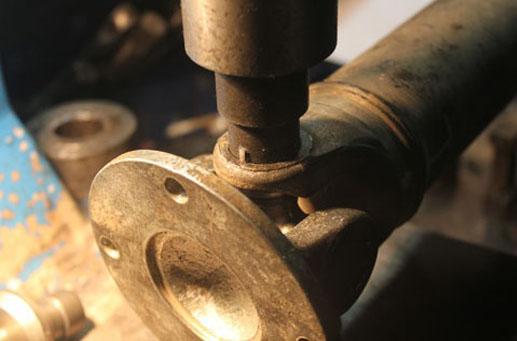 Замена и ремонт карданного вала
