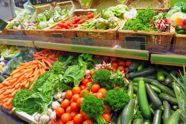 Смоляне могут купить продукцию местных фермеров на Заднепровском рынке