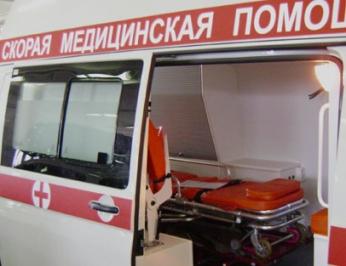В Смоленске 36-летняя женщина выпала со второго этажа