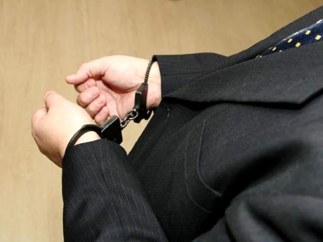 В Смоленске чиновника обвинили в мошенничестве