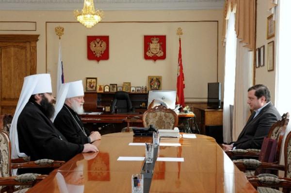 Губернатор Смоленской области встретился с Митрополитом Минским и Заславским Павлом