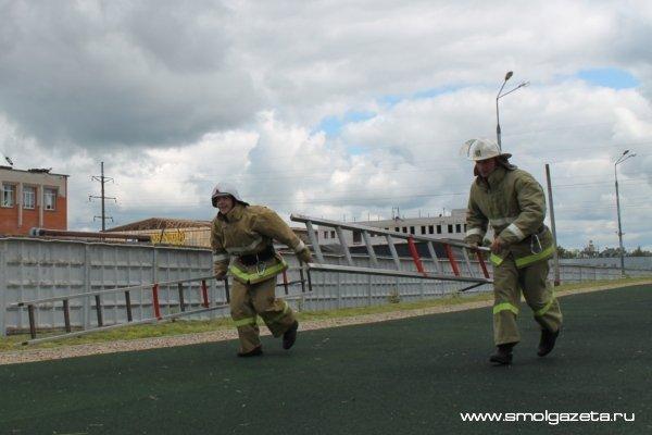 Смоленские пожарные отправятся штурмовать башню