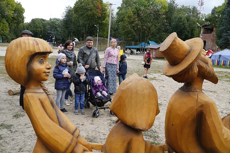 В Смоленске завершился фестиваль монументальных скульптур