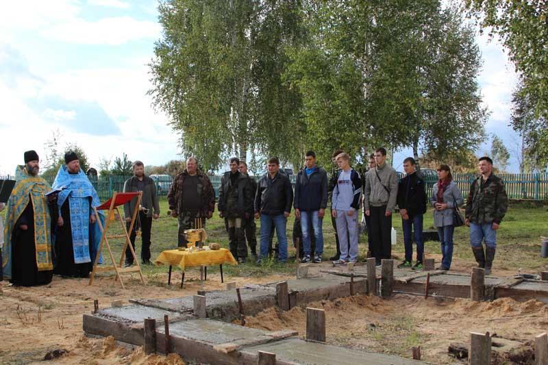 В Рославльском районе на Поле Памяти началось строительство часовни