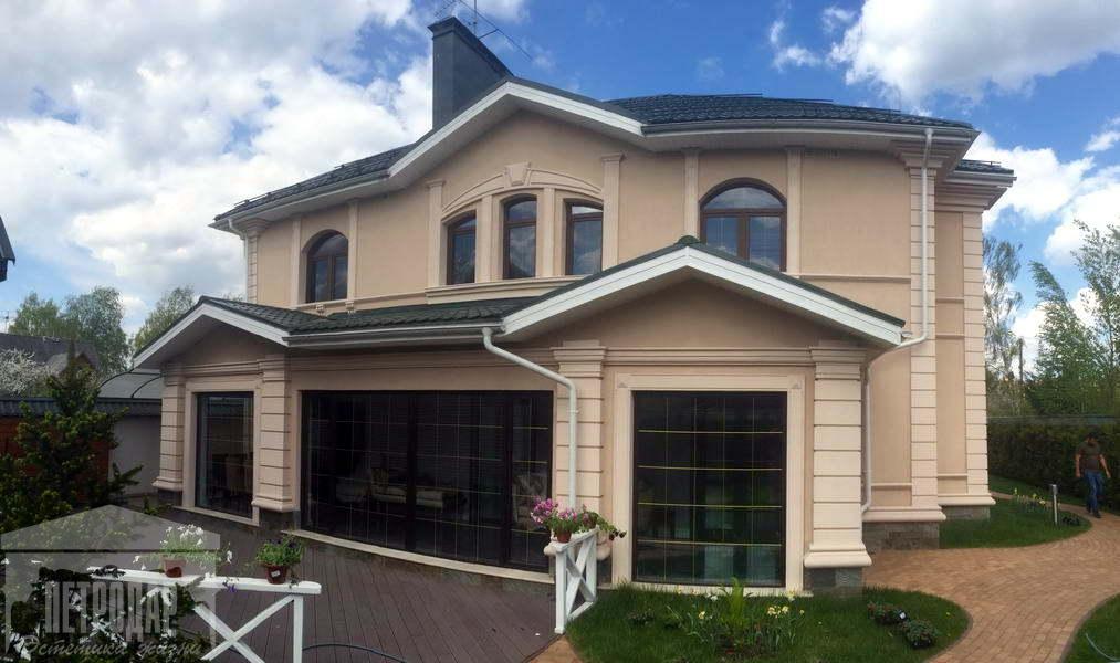 Ищете качественный декор, который украсит ваш дом? Тогда обращайтесь в «Петродар».