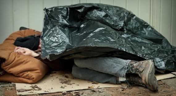 В Смоленской области обнаружили труп бездомного мужчины