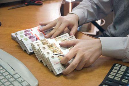 В Смоленске директор фирмы «кинул» банк на 800 тысяч рублей