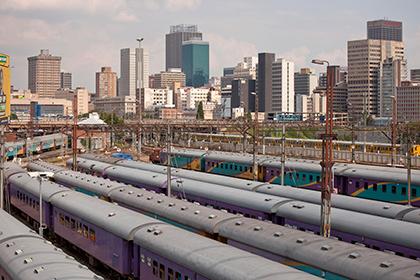 В ЮАР столкнулись два поезда