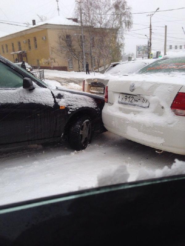 В Смоленске произошло около 30 аварий