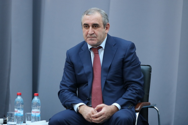 Сергей Неверов назвал выборы в Смоленской области конкурентными и легитимными