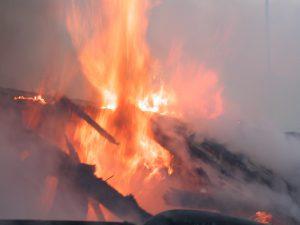 За сутки в Смоленской области сгорели две бани