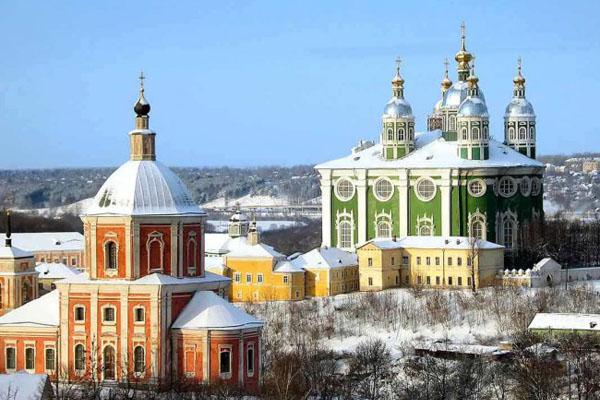 На такси из Москвы в Смоленск — быстрое путешествие