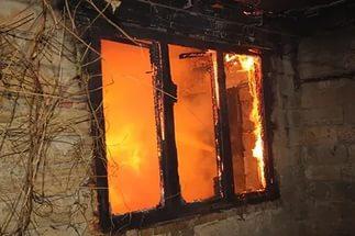 В Рославле в пожаре погибла 25-летняя девушка