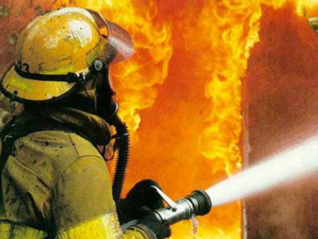 В Рославльском районе сгорели сразу две бани