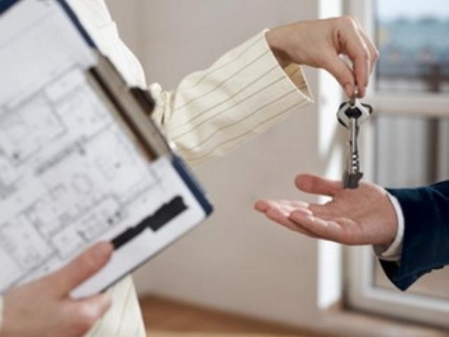 В Смоленске мошенники продали мужчине чужую квартиру в новостройке