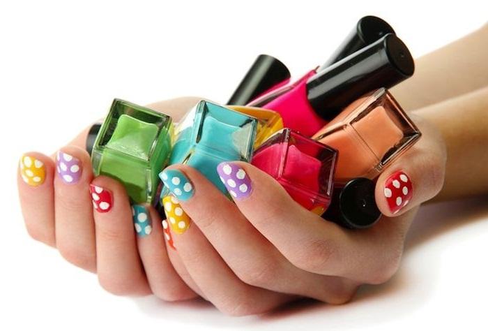 Как купить лак для ногтей: особенности выбора