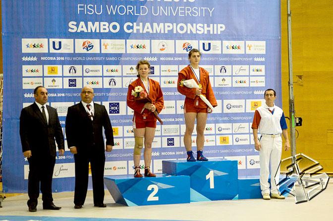 Смолянка завоевала «серебро» на Чемпионате мира по самбо среди студентов