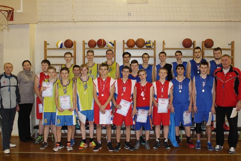 В Смоленске прошел юношеский турнир по баскетболу