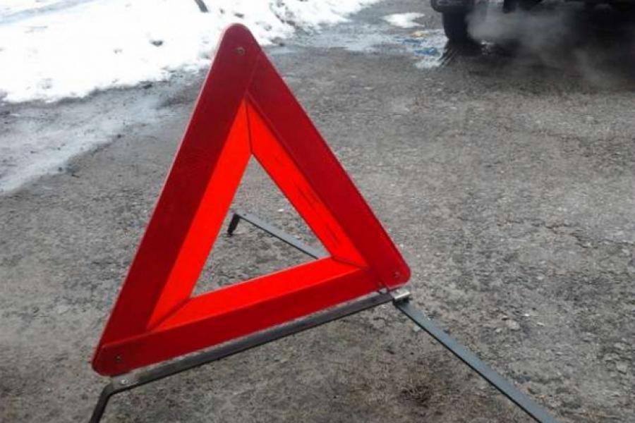 В Смоленске столкнулись рейсовый автобус и «Рено»
