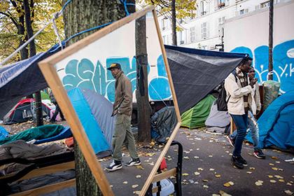 Сотрудников агентства недвижимости в Париже обвинили в расизме