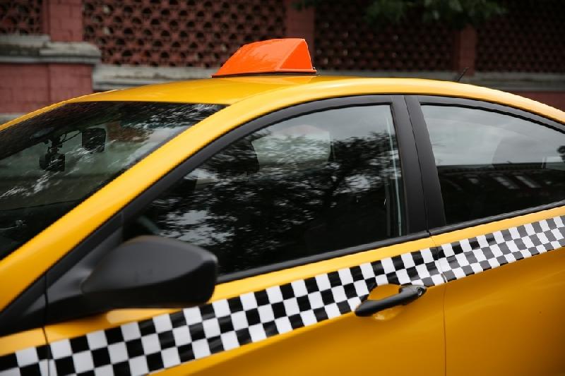 В Смоленске подорожают услуги такси