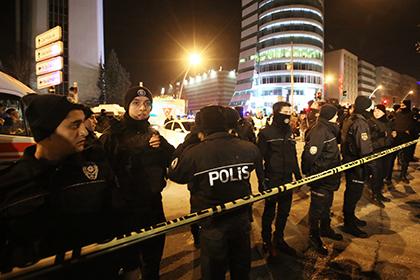 СМИ узнали о 13 задержанных по делу об убийстве российского посла в Турции