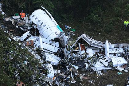 Названы виновные в падении самолета с футболистами в Колумбии