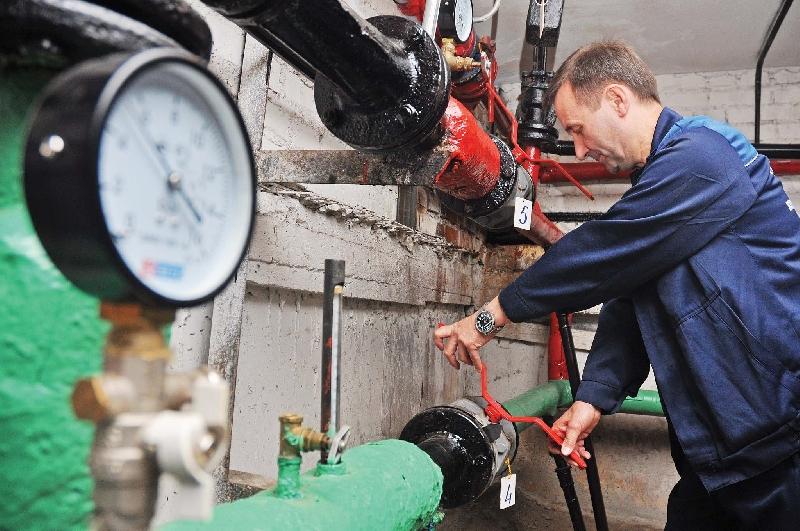 Жители райцентра Смоленской области остались без отопления из-за аварии