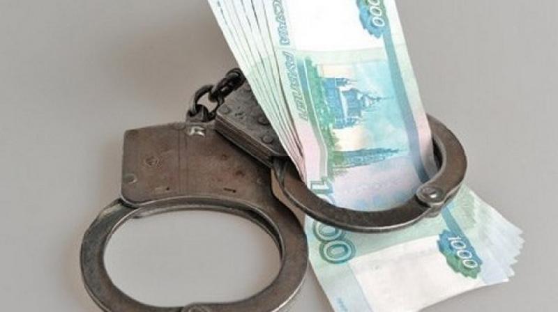 Приставам пришлось арестовывать счета смолянки, чтобы она начала выплачивать кредит