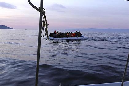 Турция пригрозила разорвать сделку по мигрантам в случае невыдачи беглых солдат