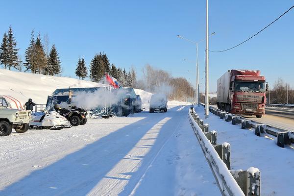 Смоленские спасатели дежурят на опасных участках дорог