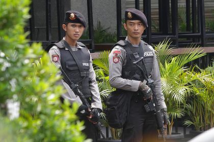 В Индонезии британцу дали пять лет тюрьмы за педофилию