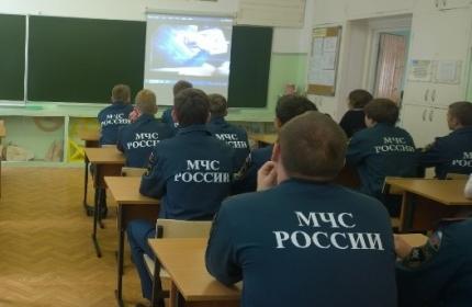 В смоленской школе откроют класс пожарно-спасательного профиля