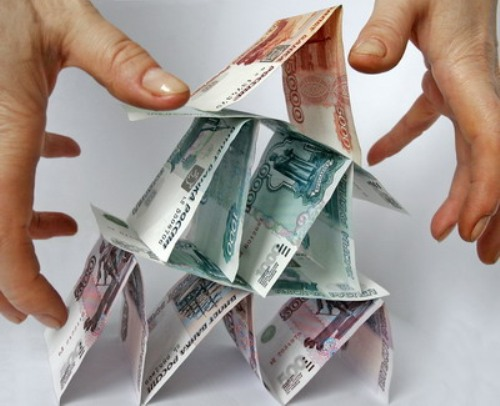 В Смоленской области директор бюджетного учреждения подозревается в присвоении 1,4 млн. рублей