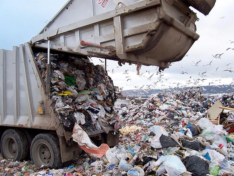 Когда в Смоленской области появится регоператор по утилизации мусора